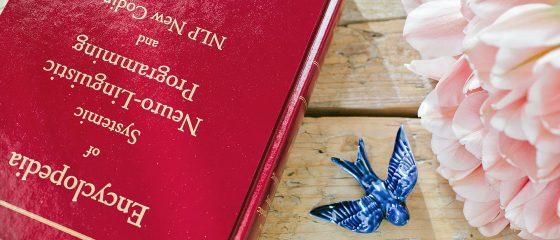 enciclopedia-pln-andorinha-flores