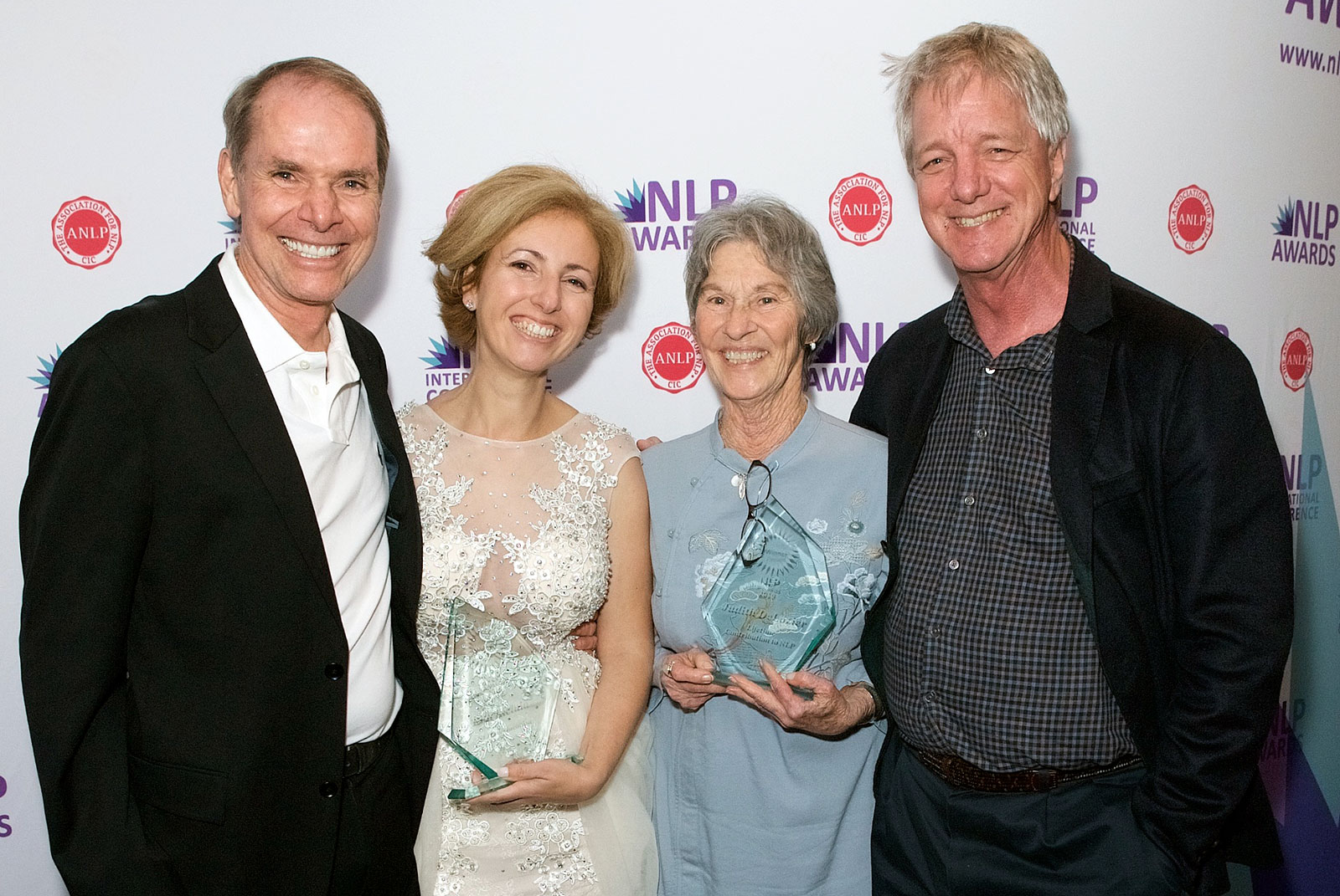 Rita Aleluia com Robert Dilts e Judith DeLozier no NLP Awards 2019