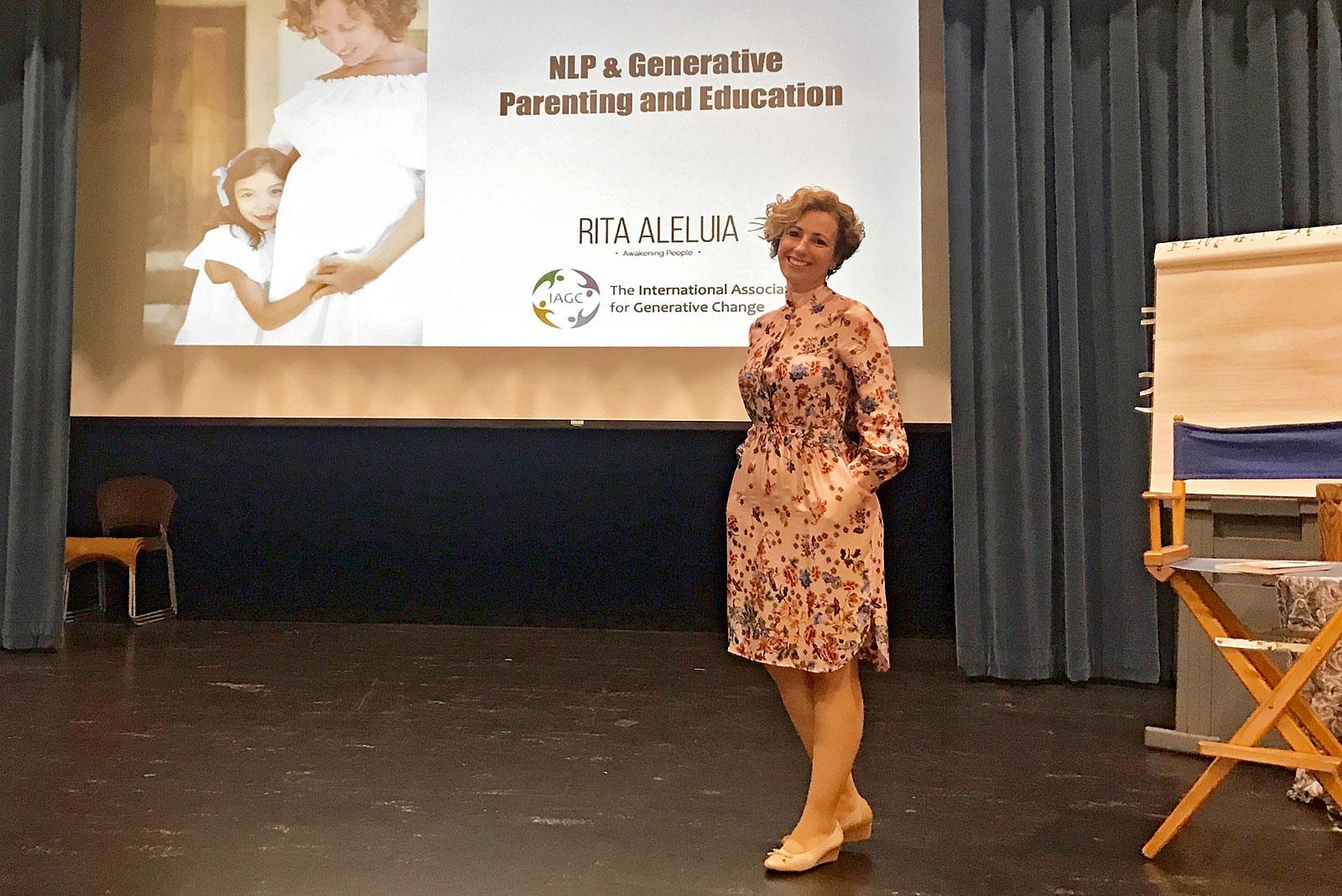 Rita Aleluia durante uma apresentação na International Association for Generative Change