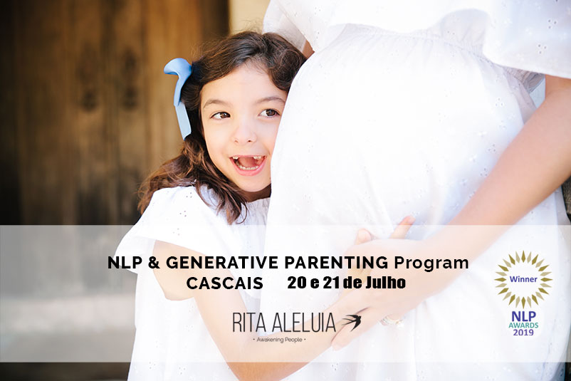 Grávida com criança a abraçar barriga, em PNL com Parentalidade e Generativa
