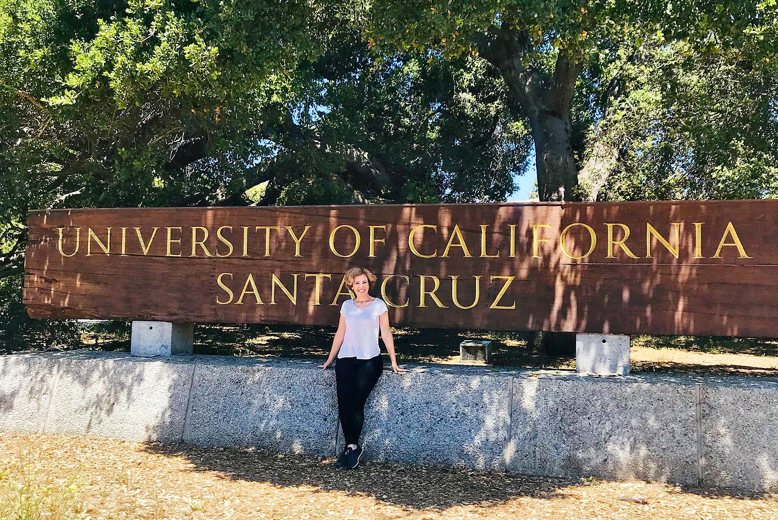 rita-aleluia-painel-madeira-universidade-santa-cruz-california