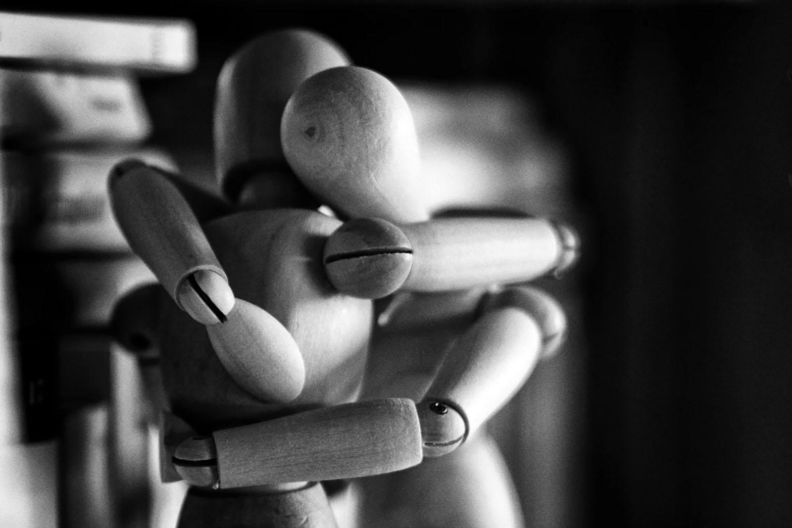 A Parentalidade Generativa apresenta 8 passos para guiar os pais e ajudar as crianças com trauma a criar resiliência.
